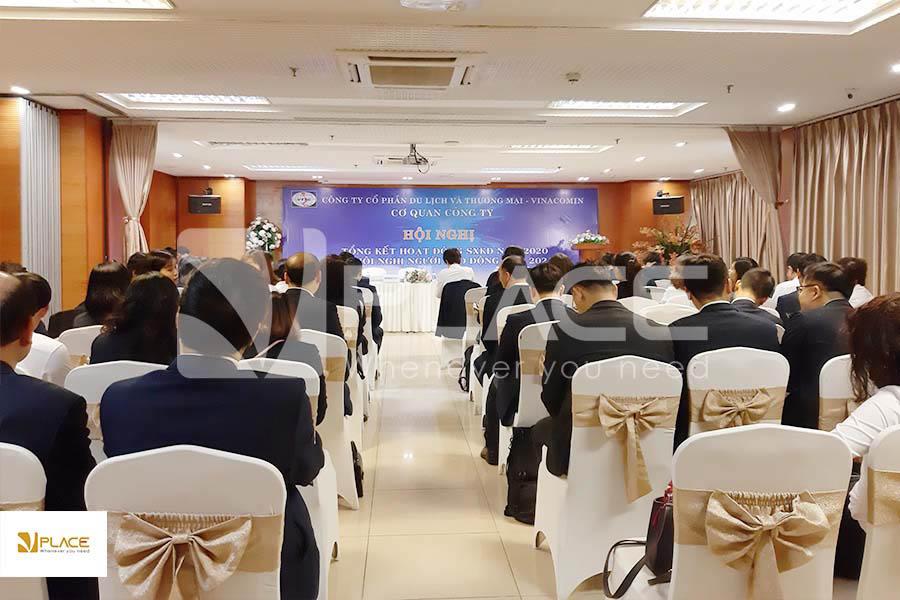 Thuê phòng họp tổ chức tổng kết cuối năm